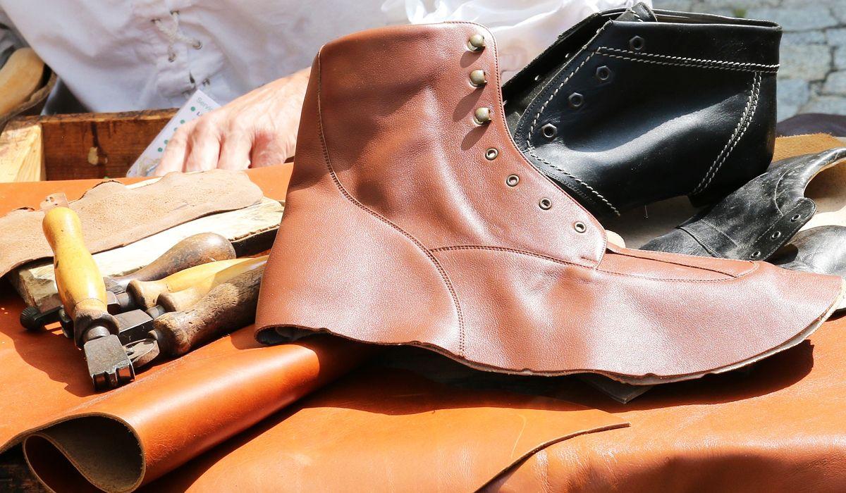 imagen del curso online: Curso Online Preparador cosedor de cuero y napa